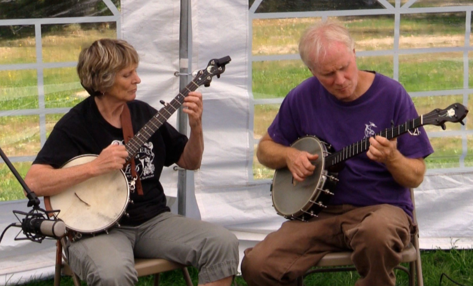 Banjo players